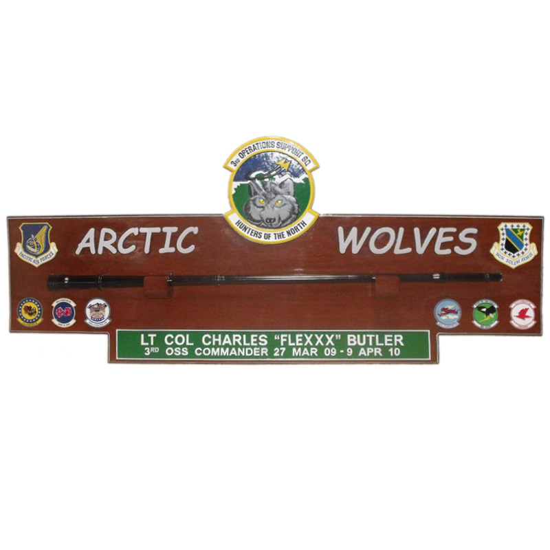3 OSS Gun Barrel Arctic Wolves Plaque