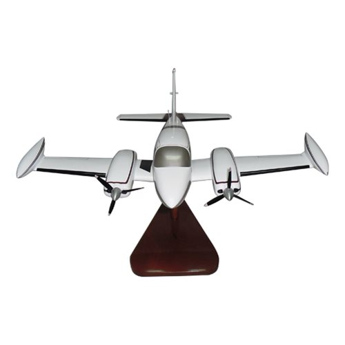 Cessna 310Q Custom Airplane Model  - View 3