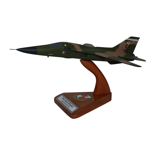 40 FLTS F-111 Airplane Model