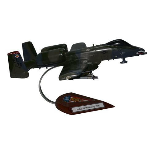76 TFS A-10 Custom Airplane Model  - View 4