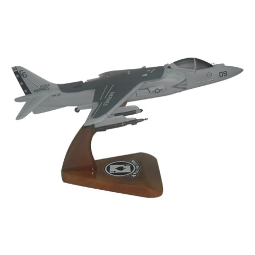 VMA-231 AV-8B Custom Airplane Model  - View 4