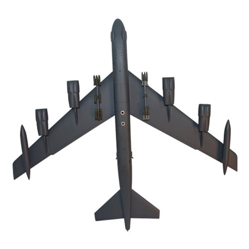 23 BS B-52 Custom Airplane Model  - View 6