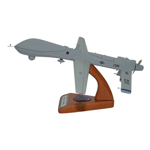 Design Your Own MQ-1 Predator Custom Airplane Model - View 3