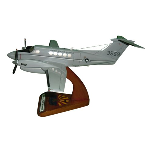 Beech UC-12F Super King Air Model  - View 2