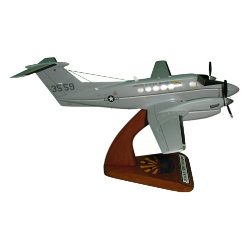 Beech UC-12F Super King Air Model  - View 3