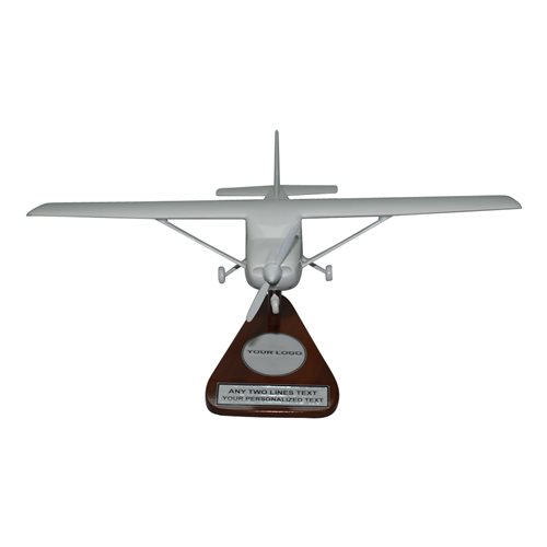 Cessna 182 Custom Airplane Model  - View 2