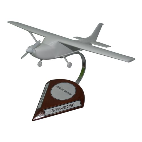Cessna 182 Custom Airplane Model  - View 3