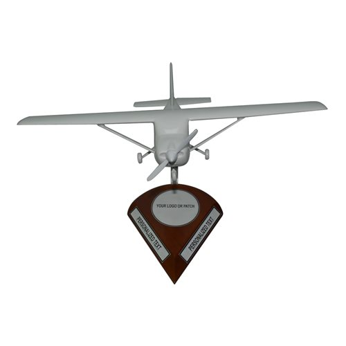 Cessna 182 Custom Airplane Model  - View 4