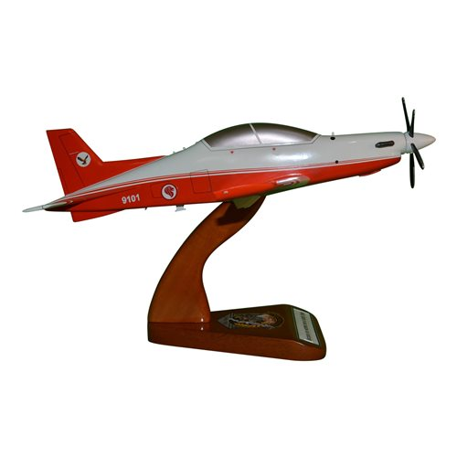 Republic of Singapore Air Force Pilatus PC-21 Custom Airplane Model  - View 4