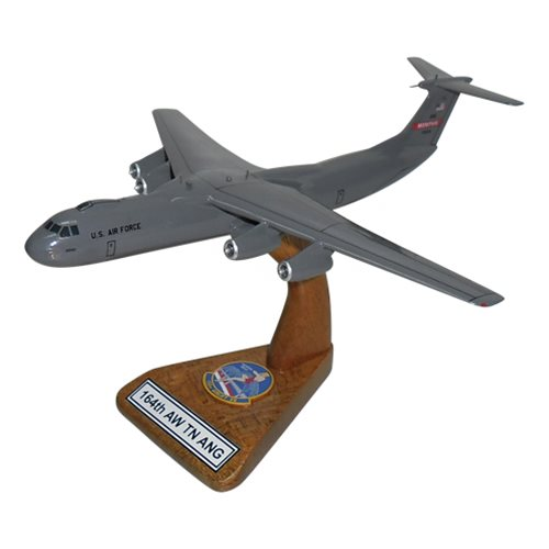 164 AW C-141 Starlifter Model